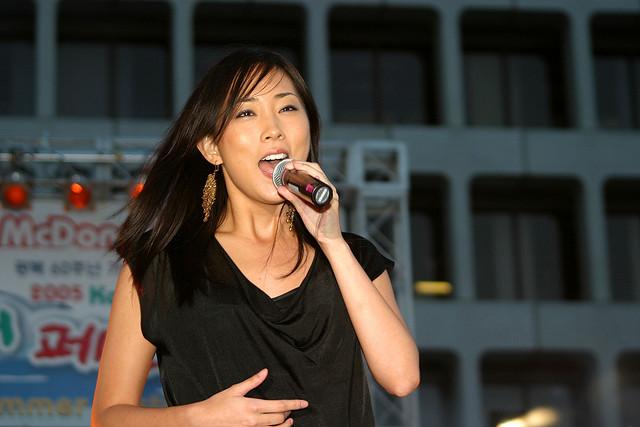navi korean singer dating younger